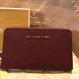 MICHAEL KORS brand new with tags and box wallet.